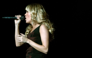 sc08_carrie_underwood_05-x600